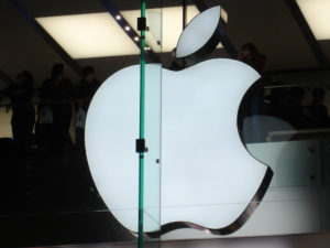 Apple's stock prices fell 0.5%, Friday.